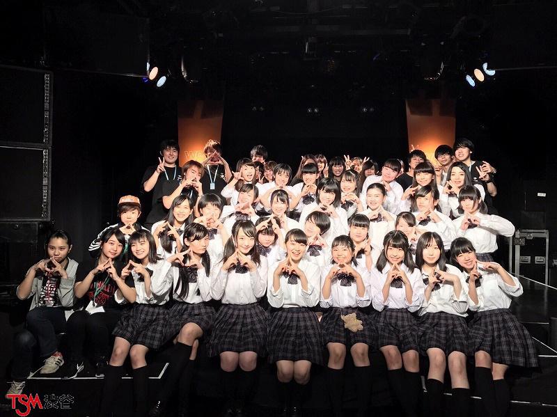 リアル女子高生のアイドルユニットライブの。