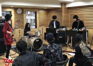 大注目の若手ギタリスト特別講義。